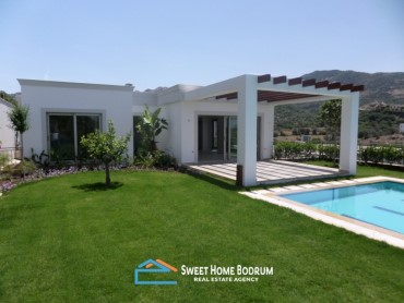 VILLA FOR SALE IN YALIKAVAK