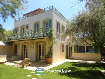 Turkey Bodrum Torba for sale sea front, private garden, 3+1 commercial