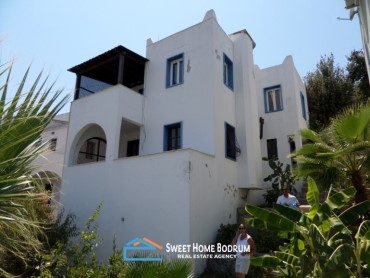 BODRUM, YALIKAVAK VILLA WITH SEA VIEW