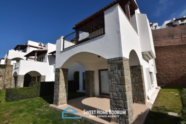 4+1 VILLA WITH PANORAMIC SEA VIEW, PRIVATE POOL IN YALIKAVAK, BODRUM