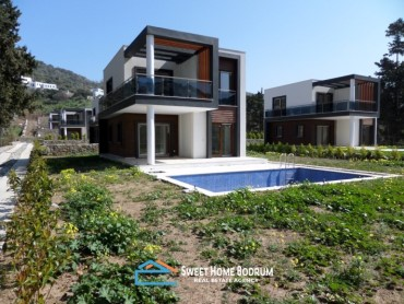 YALIKAVAK, VILLA WITH PRIVATE POOL AND PRIVATE GARDEN