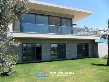 5+1 LUXURIOUS VILLA IN YALIKAVAK WITH STUNNING SEA VIEW