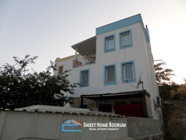 Bodrum Akyarlar, 5+2 triplex villa for sale