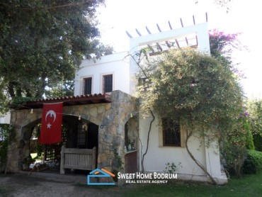 Villa at the center of Yalikavak, walking distance to the marketplace.