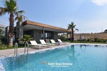 Bodrum Yalikavak, single-storey villa for sale with sea view and private pool