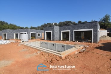 Single storey villas for sale in Torba