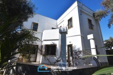 Bodrum Umurça'da Satılık Bahçeli 3+1 villa