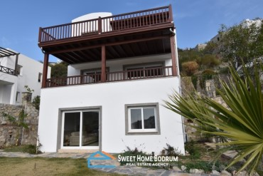 Bodrum, Gumusluk 3+1 triplex for sale apartment+duplex villa together