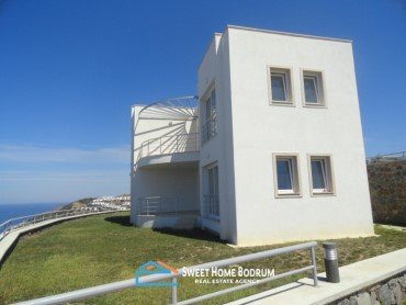 APARTMENTS IN GUMUSLUK WITH FULL SEA VIEW