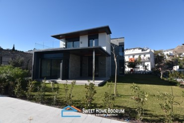 Seafront apartments, triplex and duplex villas for sael in Akyarlar, Bodrum